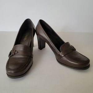 "Connie brown leather ""Kylie"" slip on loafer sz 8W"